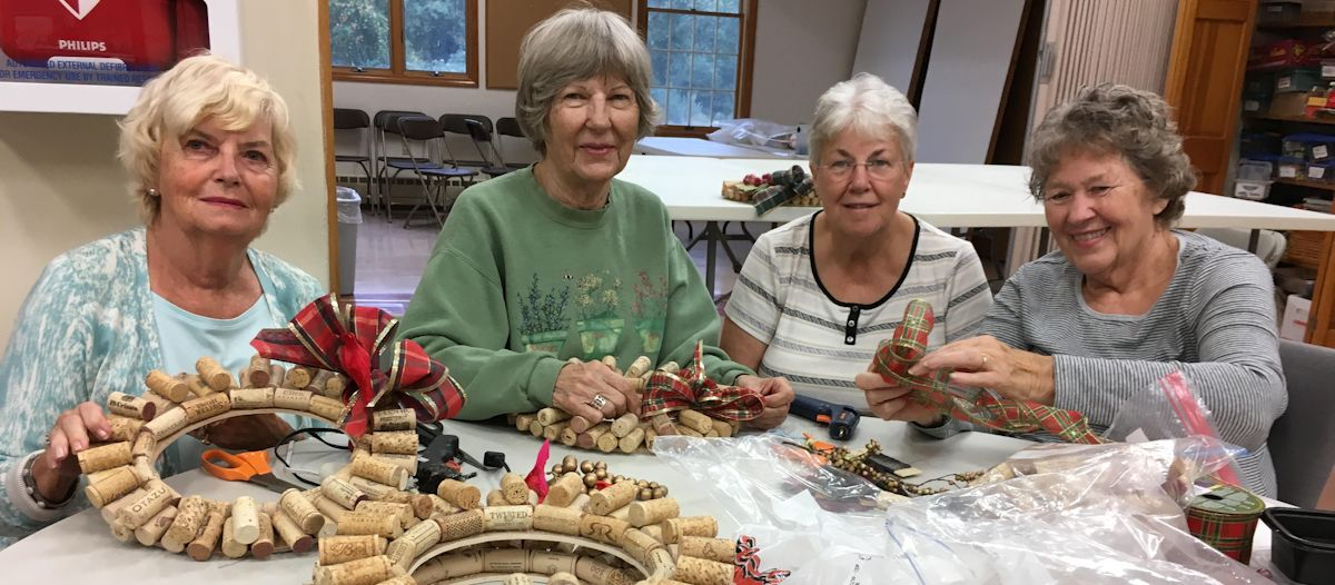 Faith-in-Action Wreathmaking_2018